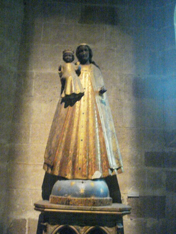 Virgen negra Cripta