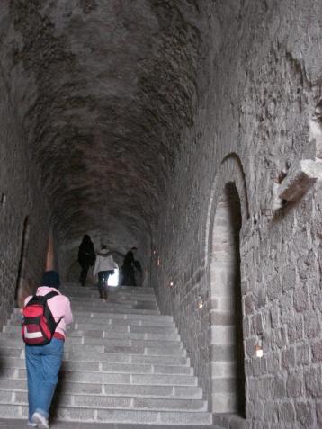 Escaleras cripta