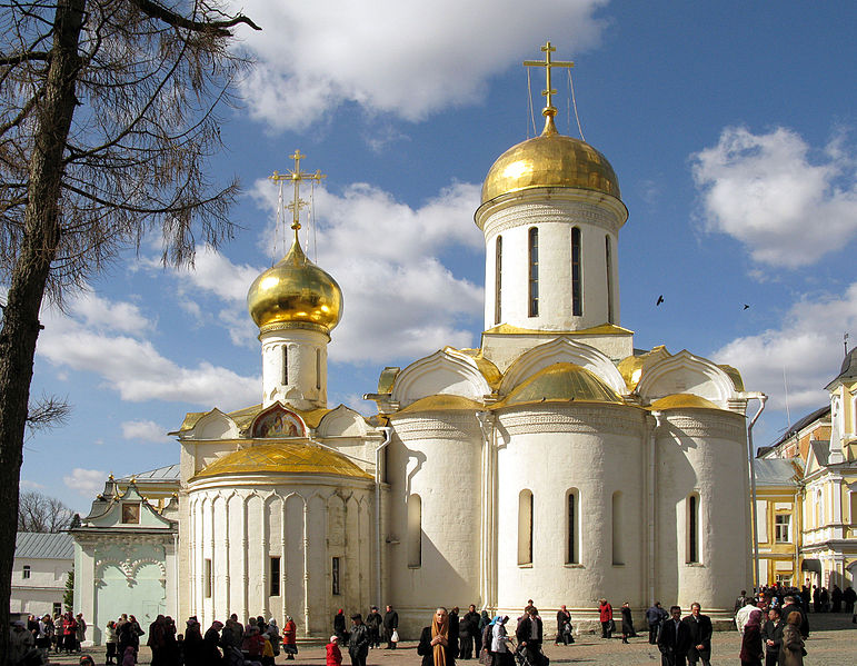 Catedral de la Trinidad by Lodo 27 Rusia